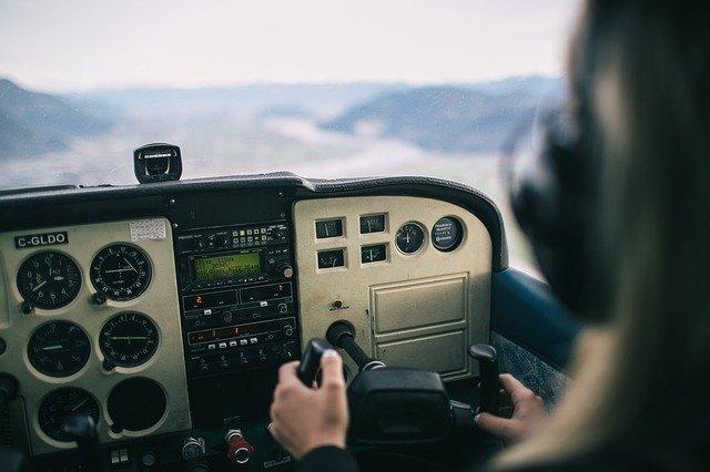 řídící panel vrtulníku