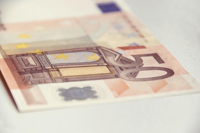 padesát eur